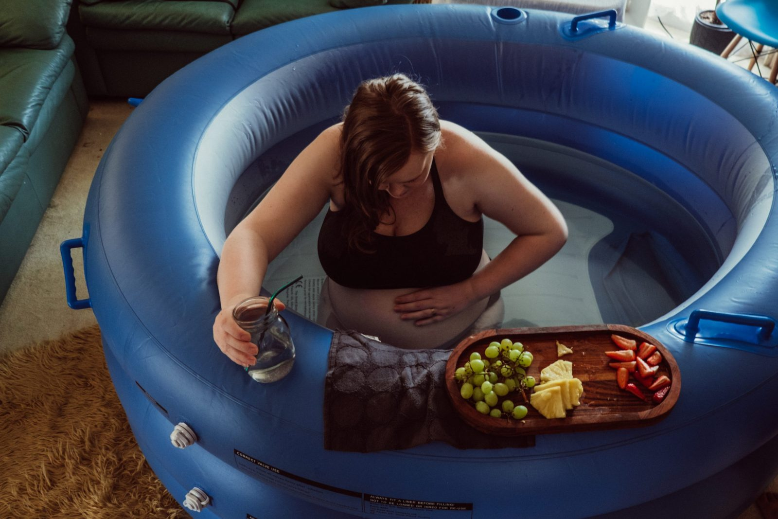 Melbourne Birth Photographer homebirth waterbirth birth photography by Kathleen Amy